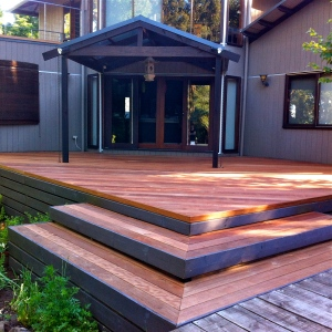 KALLISTA - Merbau deck renovation with steps